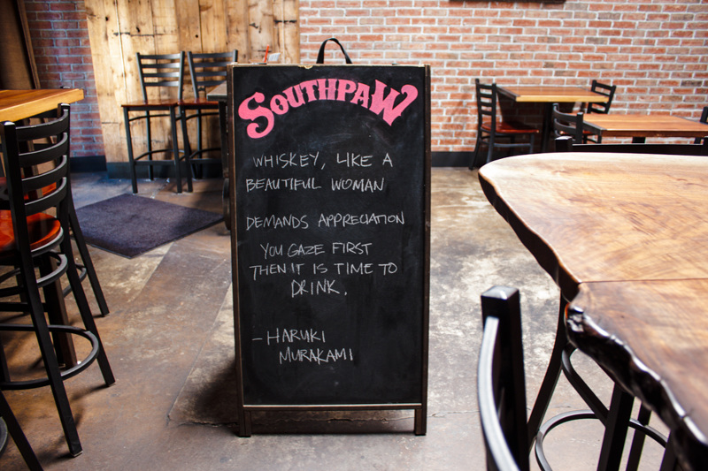 southpaw sign